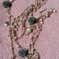 Collane seta e cristalli