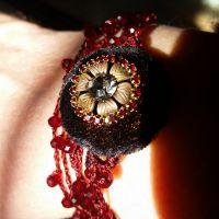 Collana gioiello tessile di seta