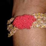 Bracciale di tessuto corallo