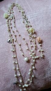 Collana seta e cristalli
