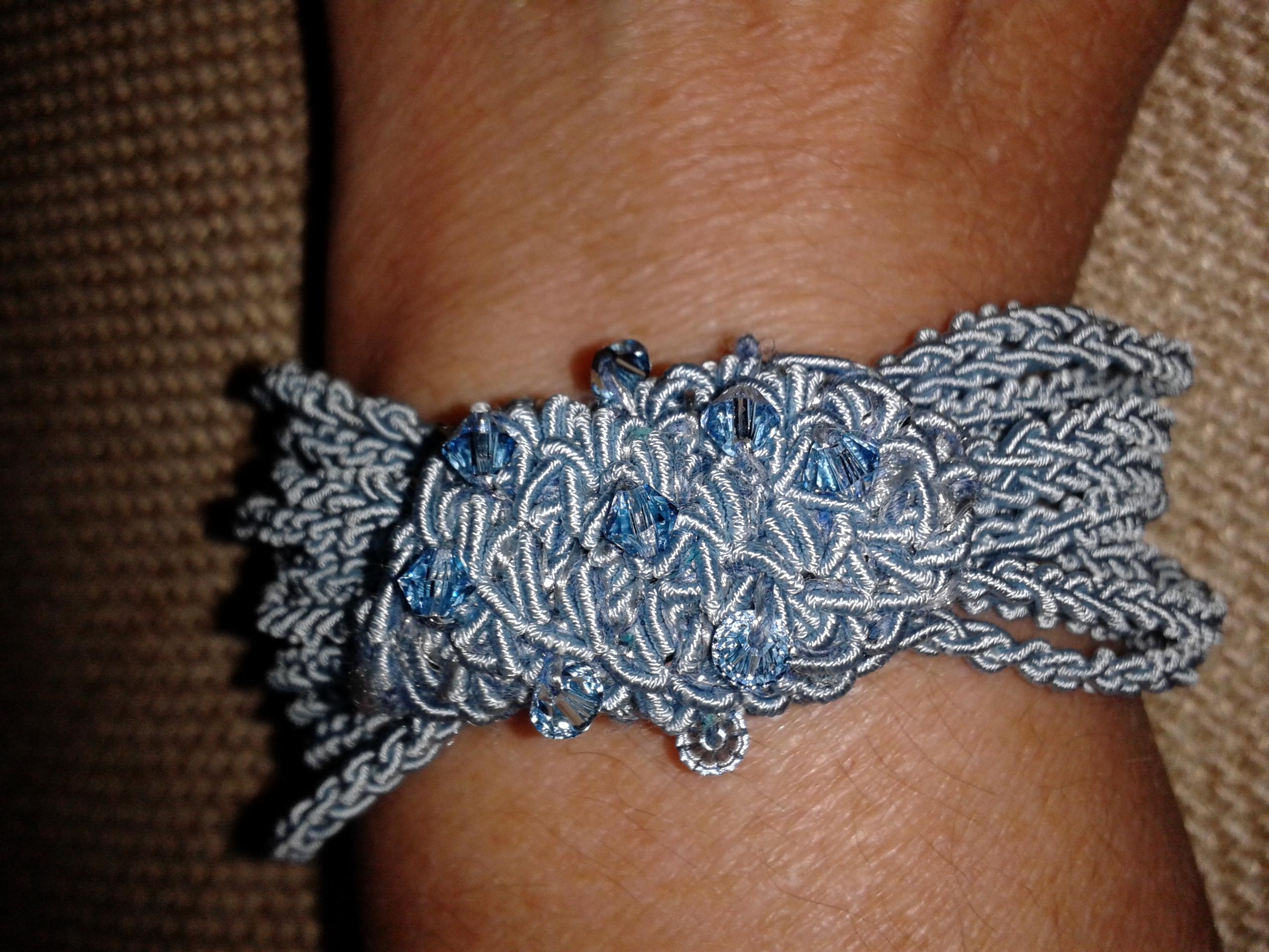 Raccogliere personalizzate in vendita Gioielli tessili: bracciali assolutamente anallergici - DeisIDEE
