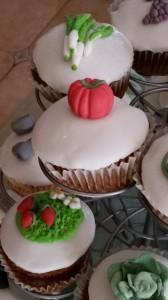 cup cakes l'orto del nonno e gli attrezzi