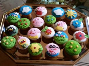 cup cakes Peppa Pig