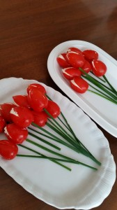 Pomodorini ripieni di robiola