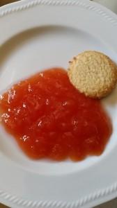 gelatina all'arancia rossa e fiori di sambuco